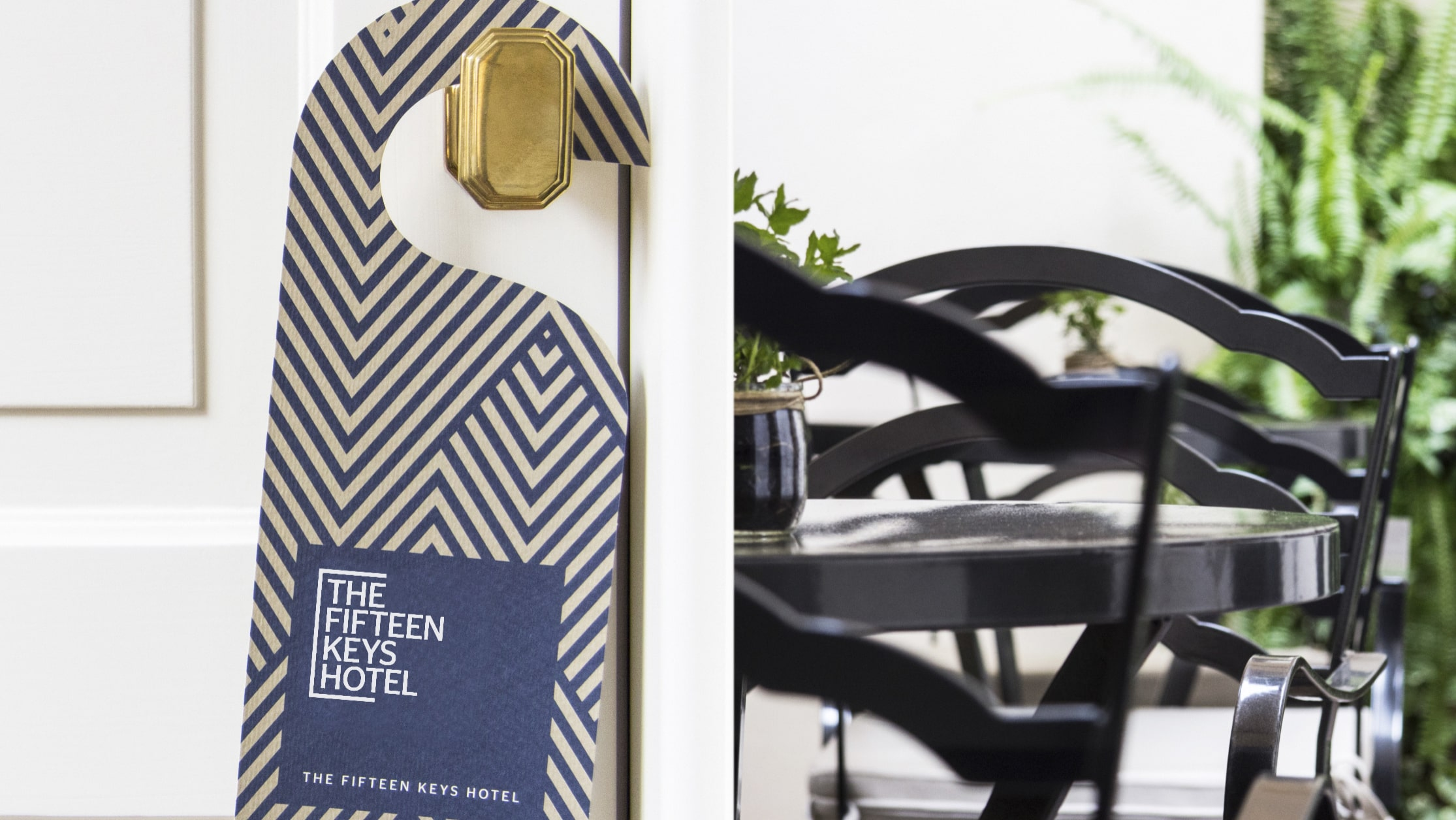 Visual identity & Hotel website design The Fifteen Keys - Luther Dsgn